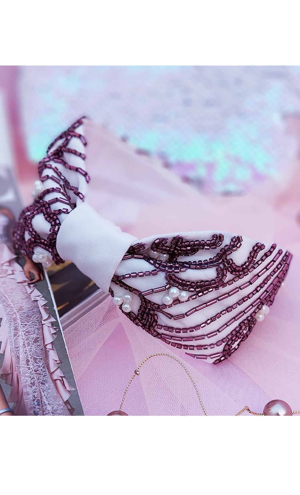 Maroon and Off White Floral Weaves Hairband cum Bandana. Buy Online
