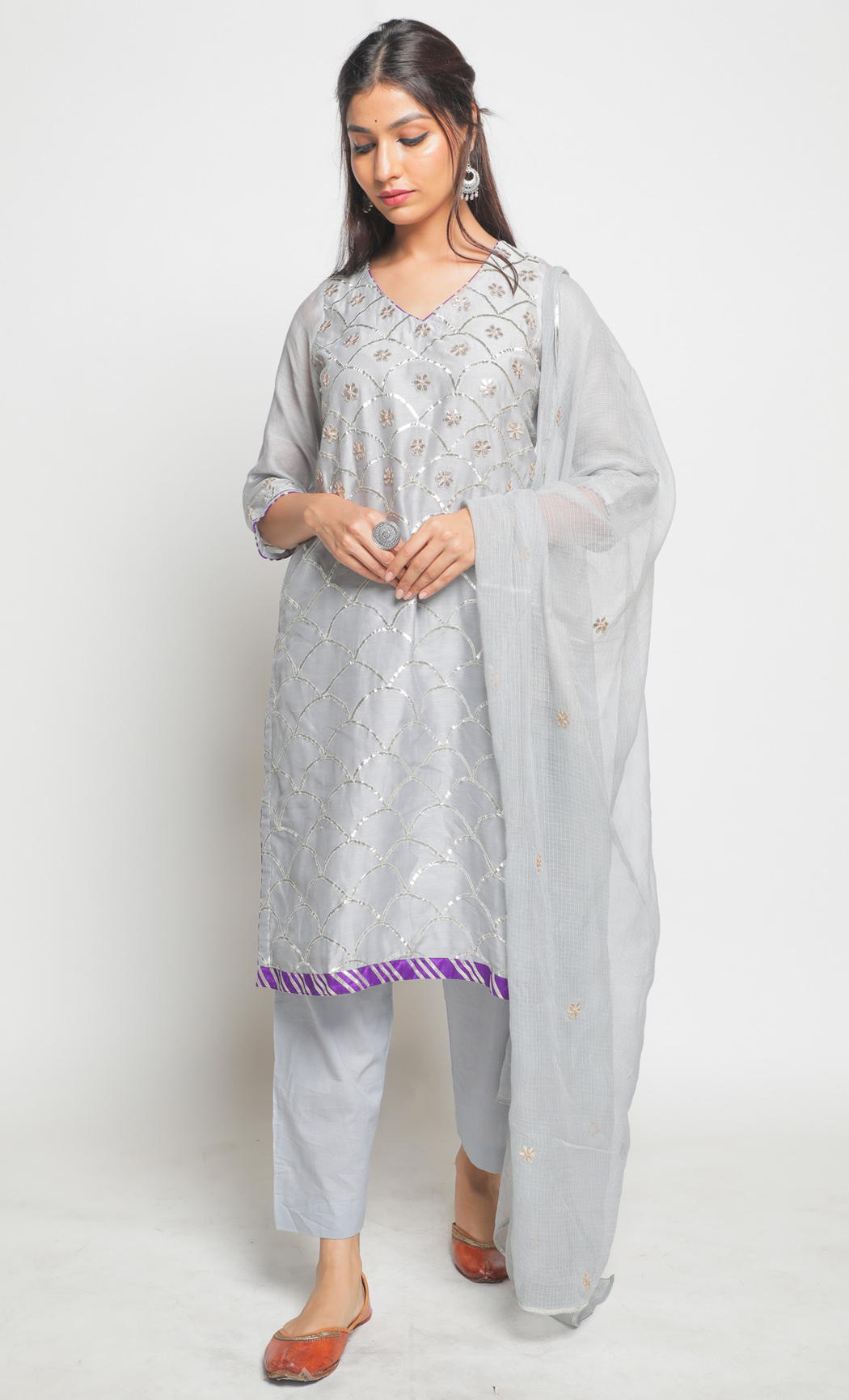 Matsya Grey Kurta and Pants Set. Buy Online.