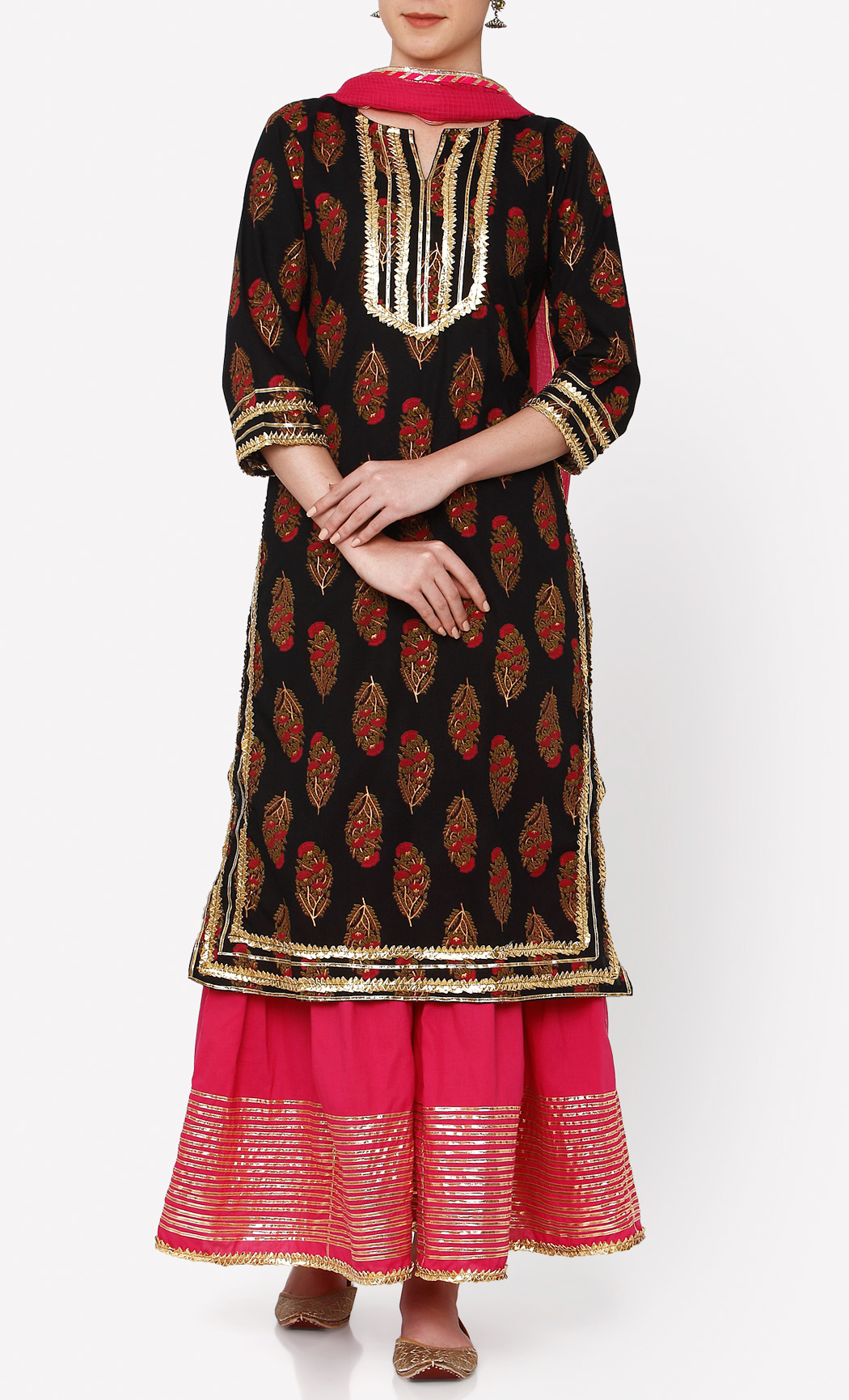 Nayanika Black Kurta and Pants Set. Buy Online.