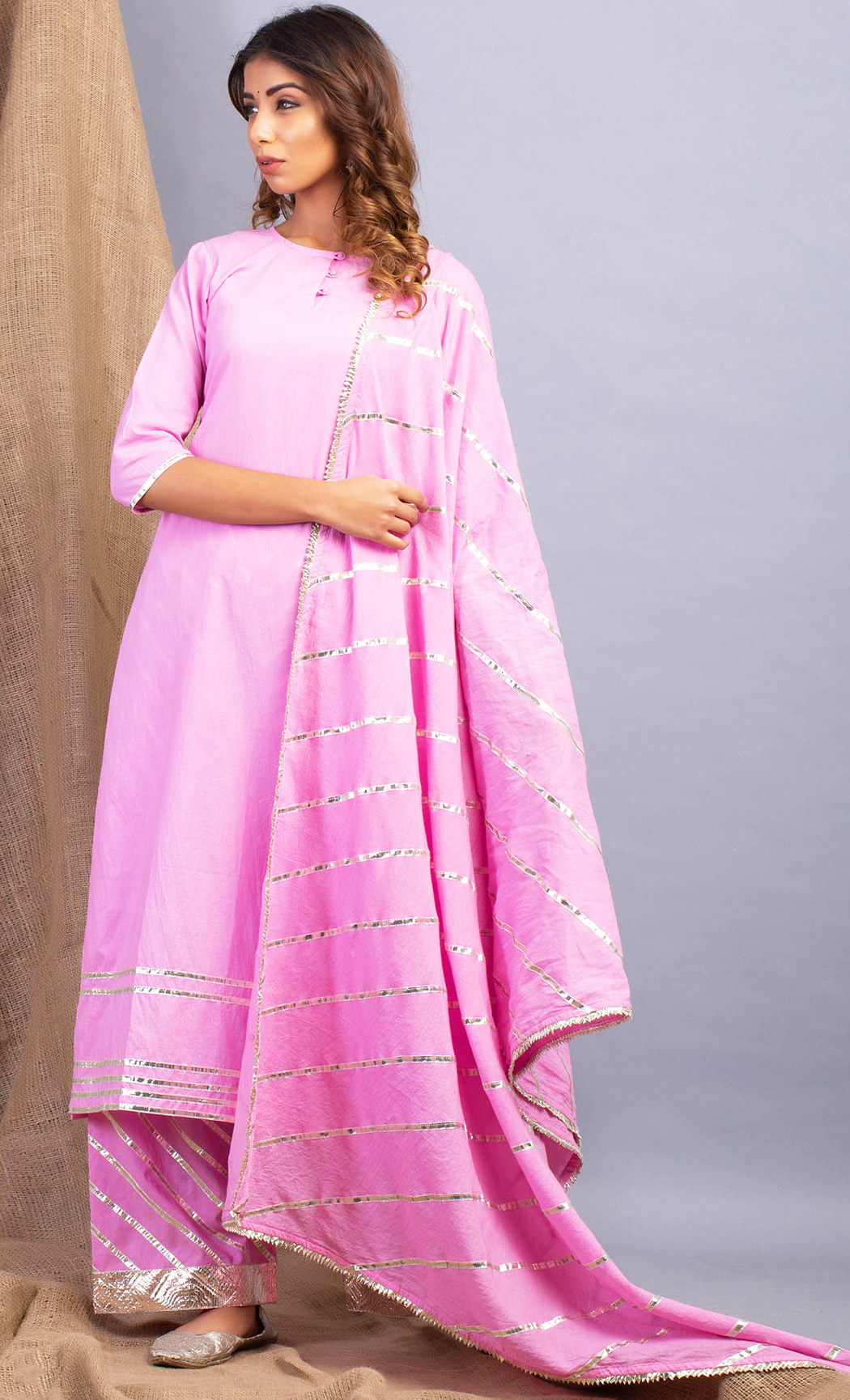 Lehriya Gulal Pink Kurta and Farshi Set. Buy Online.