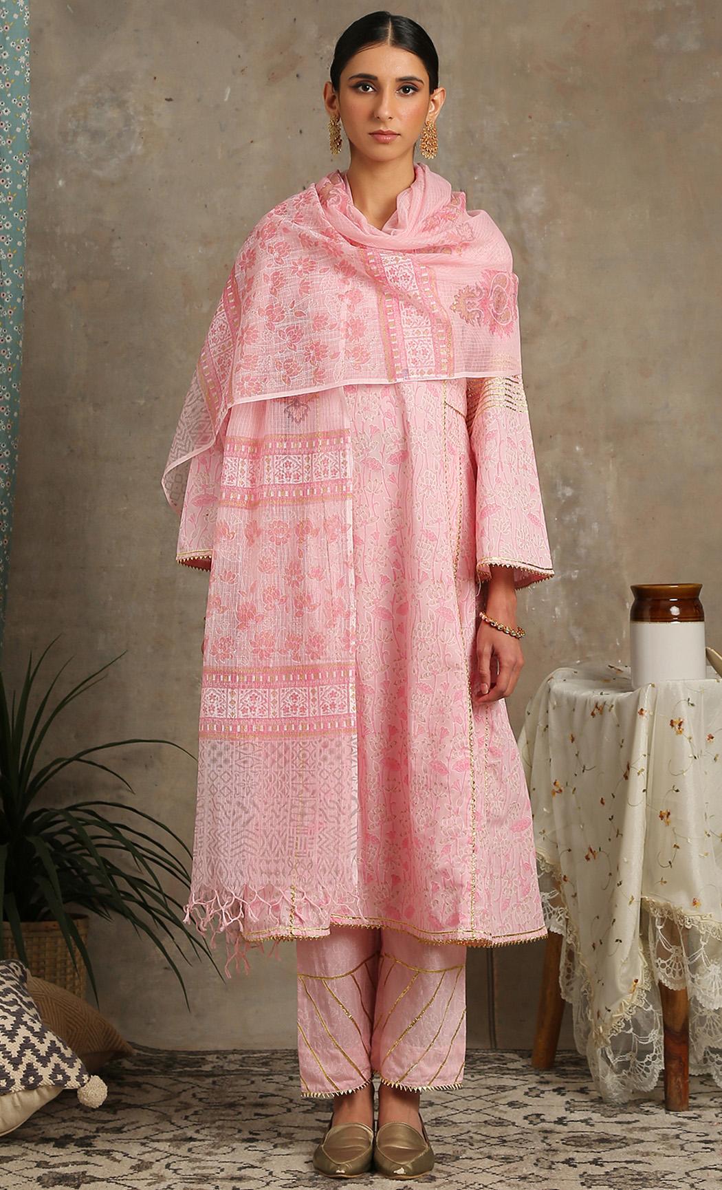 Mehr Gulaab - Pink Kurta Set. Buy Online
