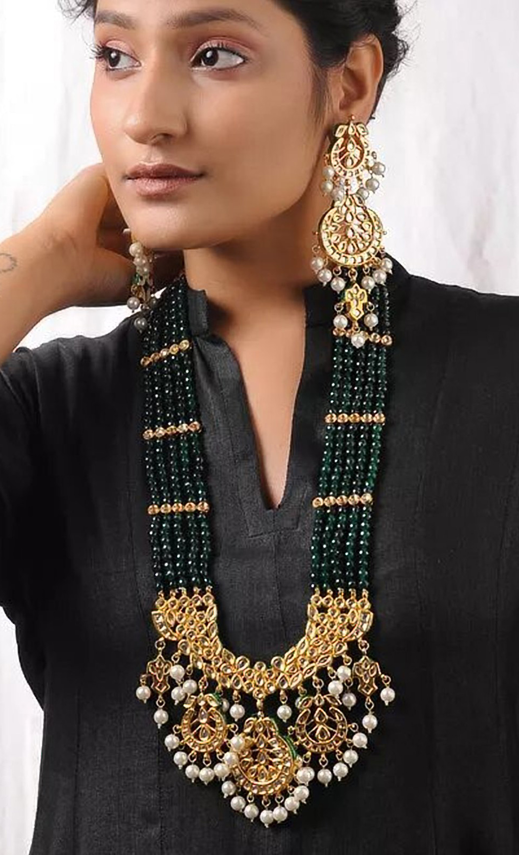 Green Kundan and Pearl Beaded Necklace Set. Buy Online