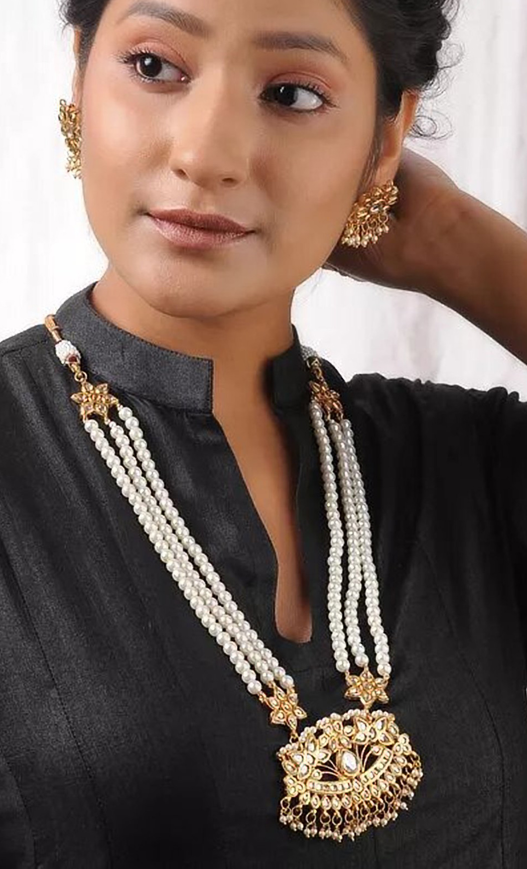 White Pearl Beaded Necklace Set. Buy Online