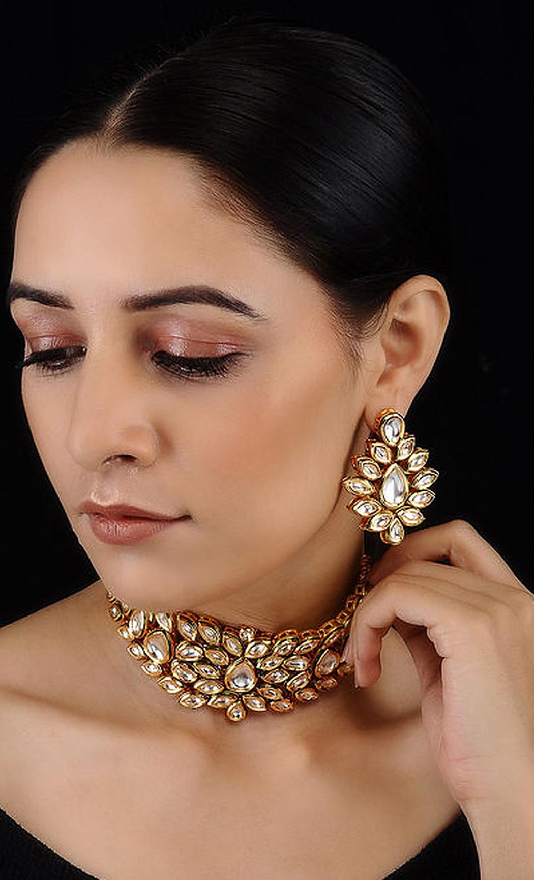 Gold Kundan Necklace Set. Buy Online