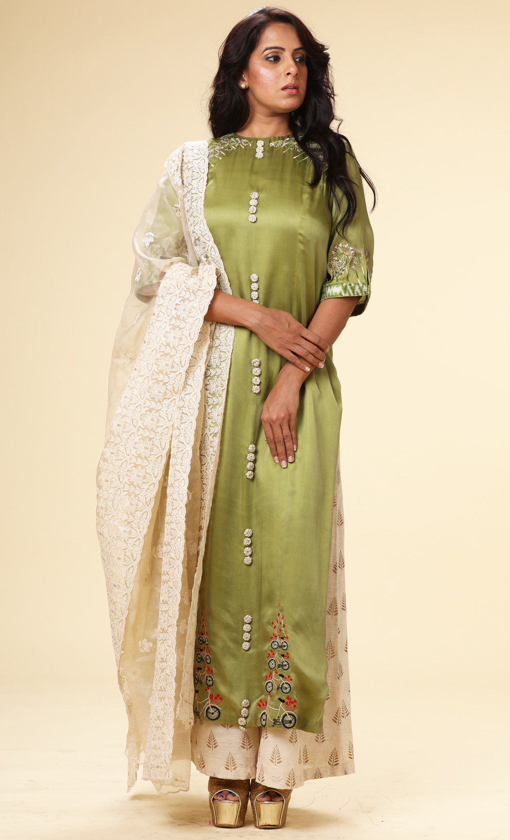 Green Straight Kurta with an Off-White Dupatta and Pants - Buy Online