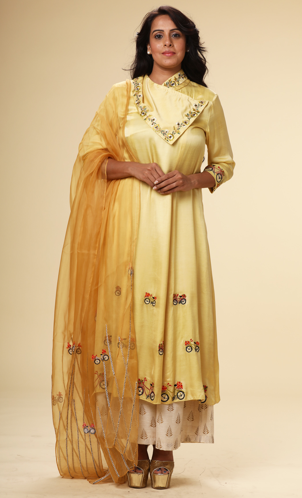 Yellow Silk Kurta with a Yellow Dupatta and Pants - Buy Online