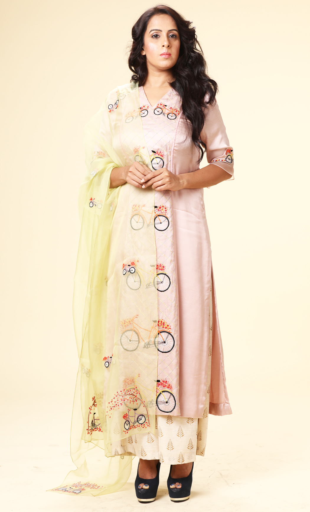 Baby Pink Embroidered Kurta with a Mint Green Dupatta and Pants - Buy Online
